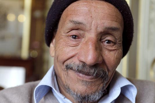 Pierre Rabhi, figure de l'écologie et de l'altermondialisme, en 2010, à Paris. FRANCOIS GUILLOT / AFP
