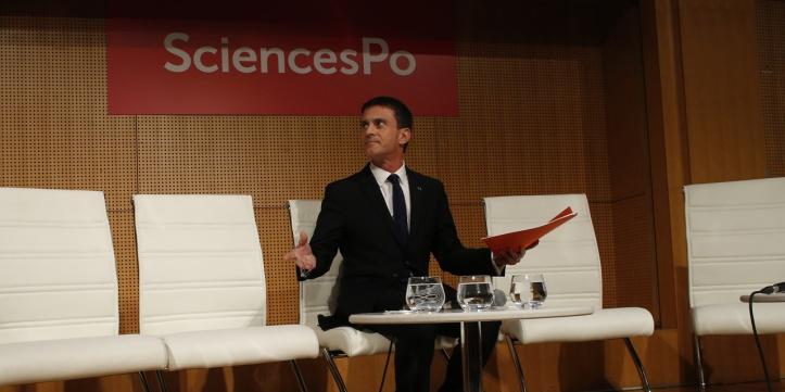 Valls-enterre-le-droit-de-vote-aux-etrangers-aux-elections-locales