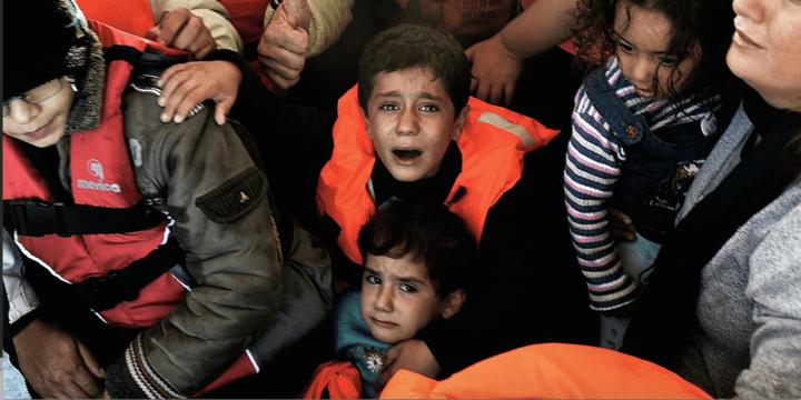 syrian_refugees_children_in_boat